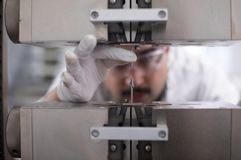 Adhesive Testing - Klebeprüfung Linz